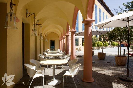 Sanitas Residencial - Residencia Altanova