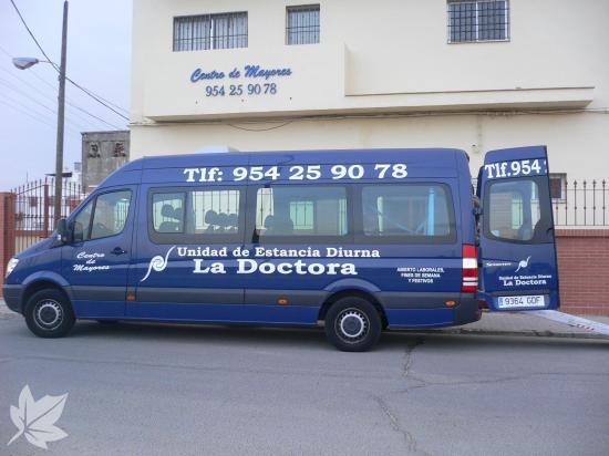 UED LA DOCTORA