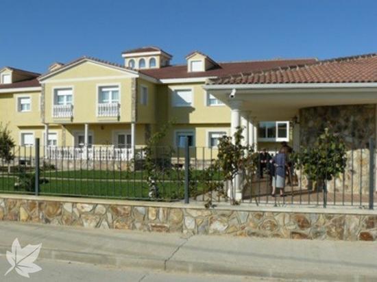 Residencia San Raimundo - Coreses (Zamora)