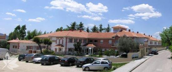 HOTEL - RESIDENCIA PONDEROSA REAL