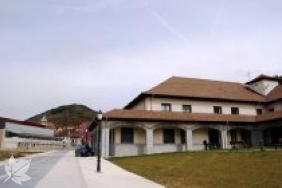 RESIDENCIA DE ANCIANOS VALLE DE SALAZAR