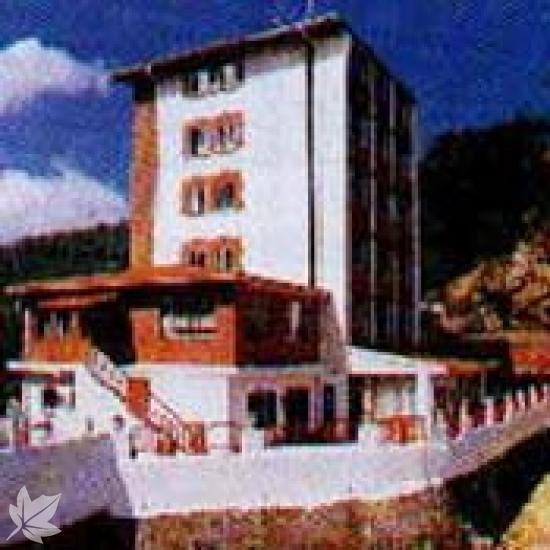 RESIDENCIA DE POBEÑA ( Pobeña-Muskiz)