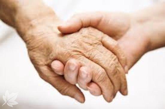 Se ofrece personal para el cuidado de mayores