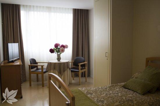 Sanitas Residencial - Residencia Miramón