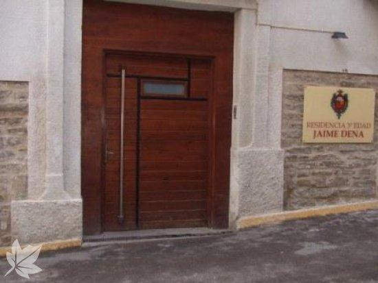RESIDENCIA DE MAYORES JAIME DENA ( grupo Rey Ardid)