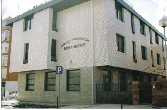 CENTRO RESIDENCIAL SAN FUENTES